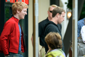 Patrick Collison (Stripe) y Mark Zuckerberg (Facebook) en Sun Valley, Idaho
