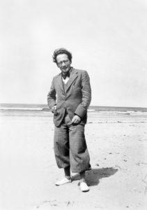 El físico austríaco Erwin Schödinger, fotografiado por Österr