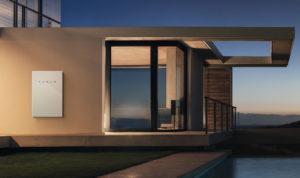 Tesla Powerwall 2 se integra con las nuevas tejas de vidrio texturizado anunciadas por la compañía