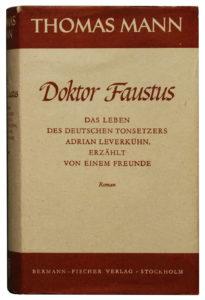 """Thomas Mann es uno de los innumerables autores del siglo XX que recurrieron a la obra de Nietzsche a lo largo de toda la vida, sin agotar su significado; uno de los personajes de """"Doktor Faustus"""", el austero Adrian Leverkühn, está inspirado en el propio Nietzsche"""