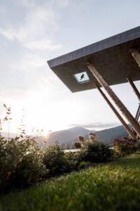 10 Casas Con Planta En Voladizo Que Gravitan Sobre El